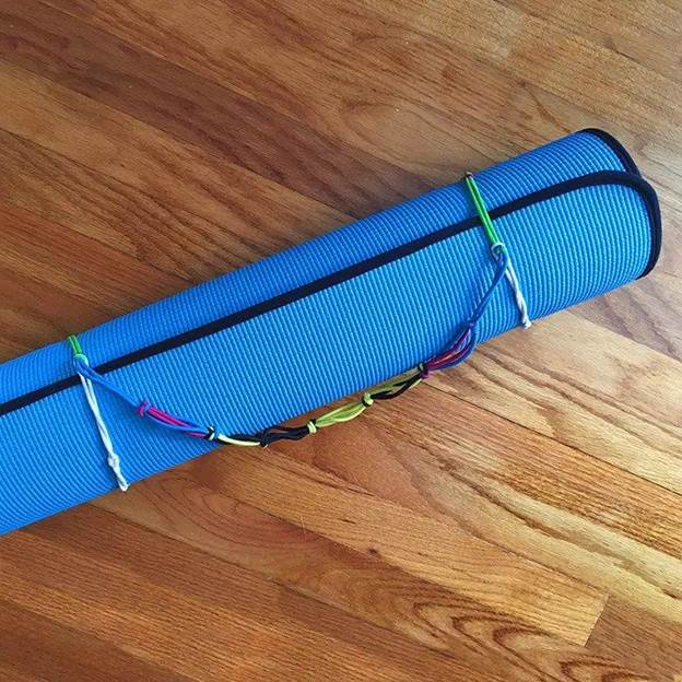 5-How-To-Make-A-Yoga-Mat-Holder