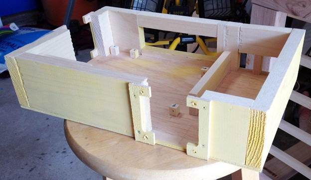 6-DIY-Computer-Case-With-Wood