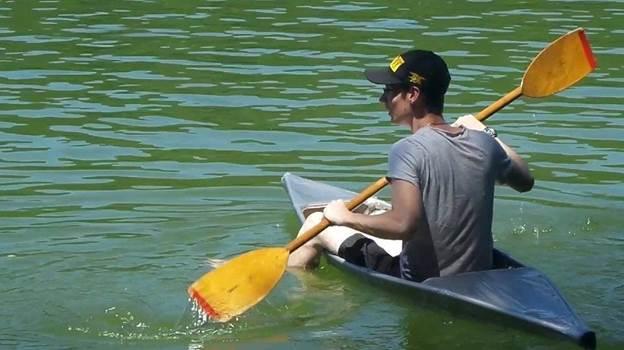 6-DIY-Duct-Tape-Canoe