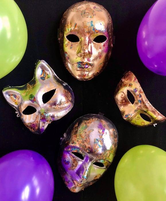 6-DIY-Mardi-Gras-Gilded-Mask
