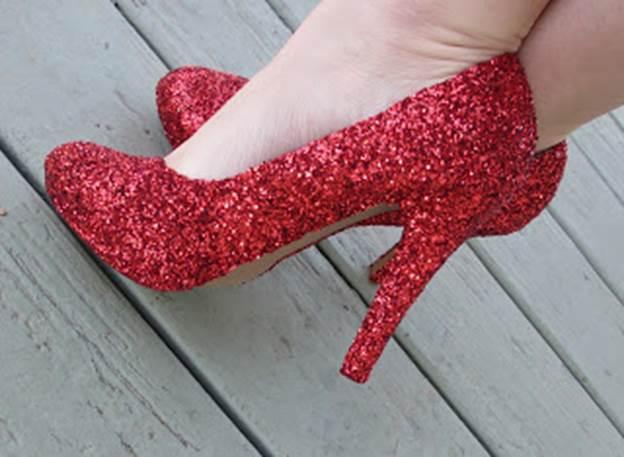 6-DIY-Sparkling-Red-Shoes-