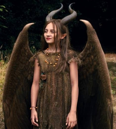 6-DIY-Young-Maleficent-Fairy-Costume