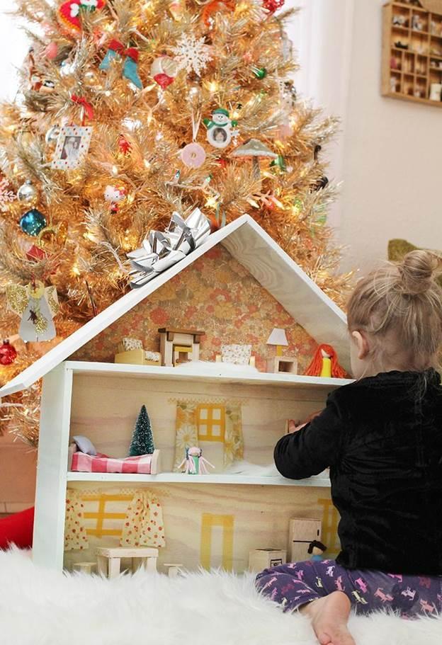 6-Homemade-Dollhouse