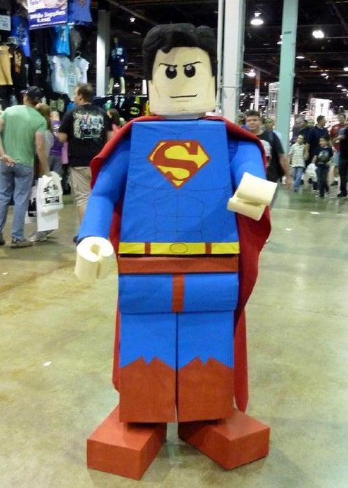6-How-To-Make-A-Lego-Superman-Costume