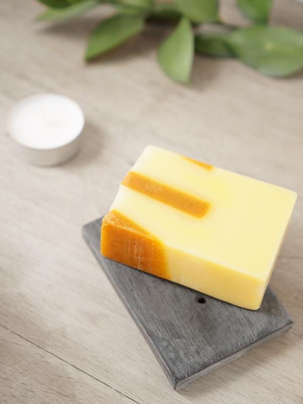 7-DIY-Faux-Stone-Soap-Dish