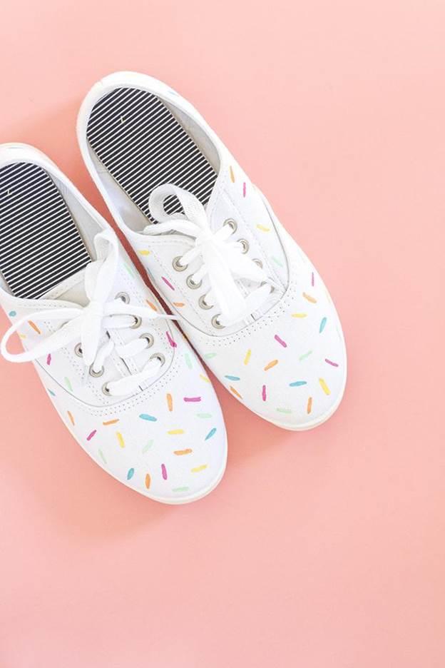 7-DIY-Painted-Ice-Cream-Sprinkles-Shoes