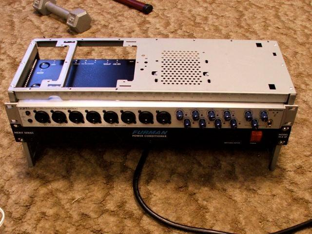7-Music-Equipment-Rack