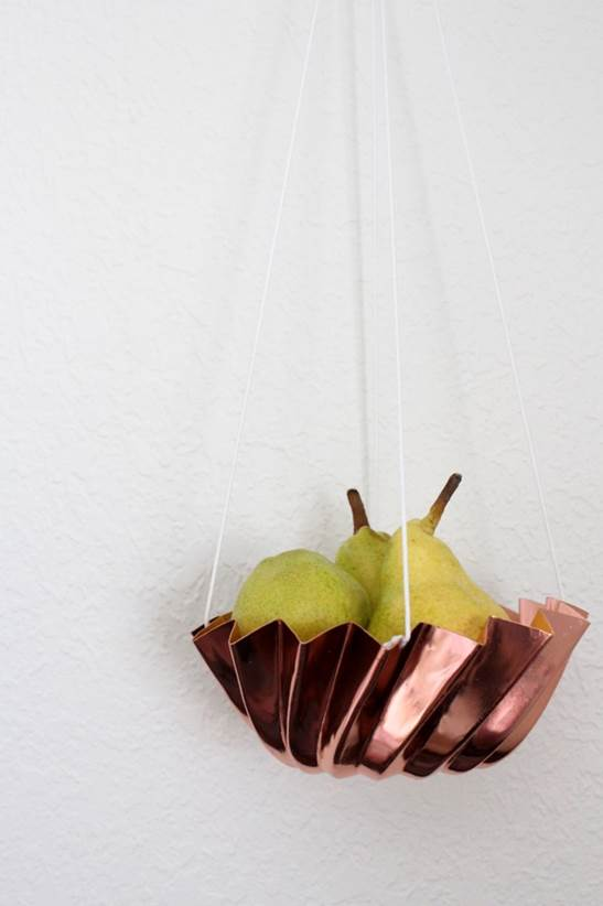 8-DIY-Hanging-Produce-Basket