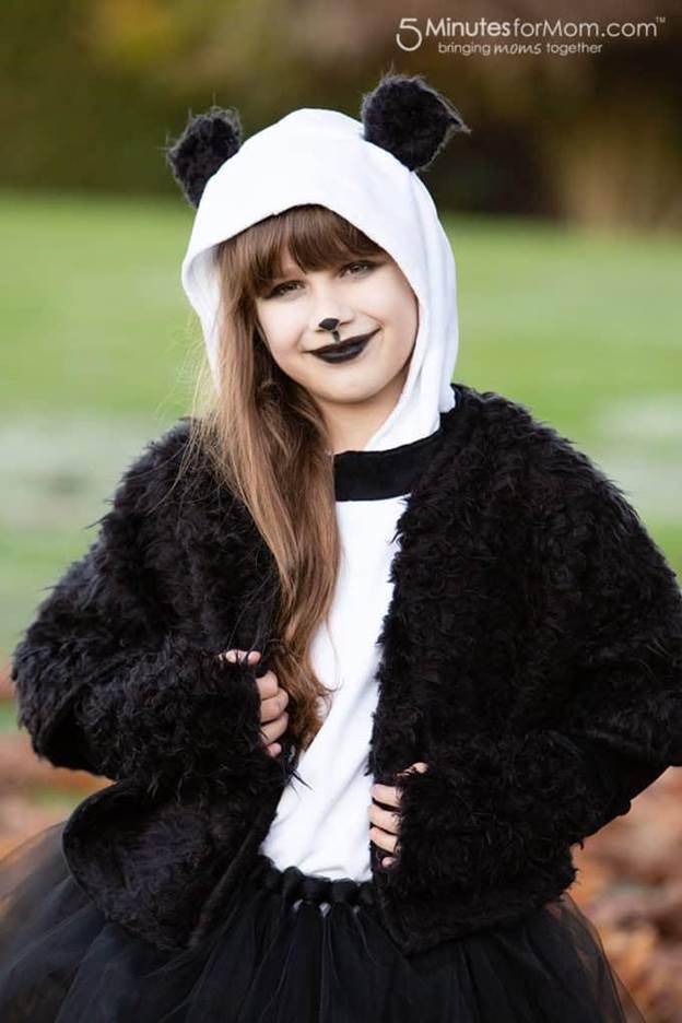 8-DIY-Panda-Costume-For-Teens
