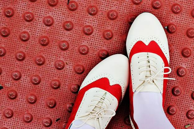 8-How-To-Make-Red-Saddle-Shoes