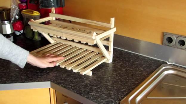 9-DIY-Pallet-Wood-Fruit-Basket