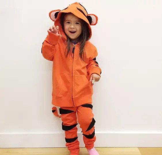 1-DIY-Tiger-Costume-for-Kids