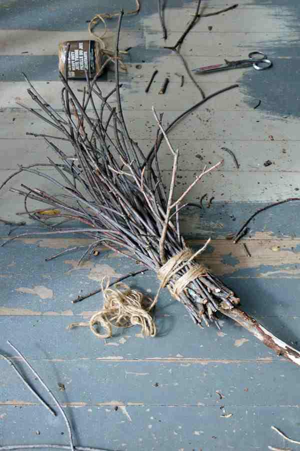 1-DIY-Witch-Broom