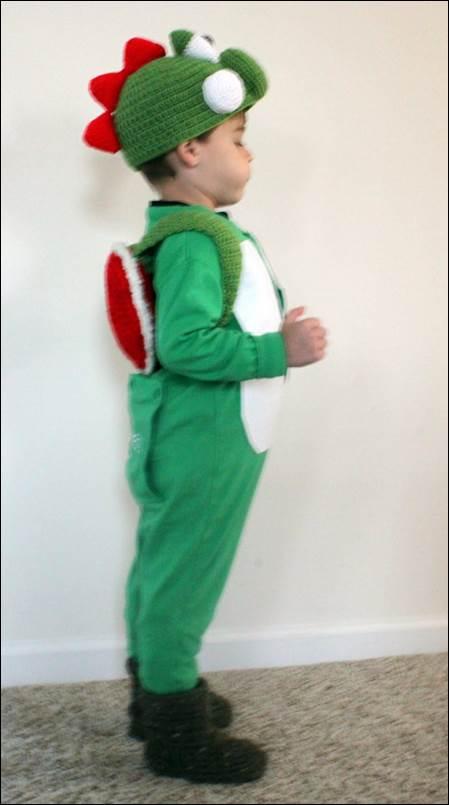 1-DIY-Yoshi-Costume-Kids
