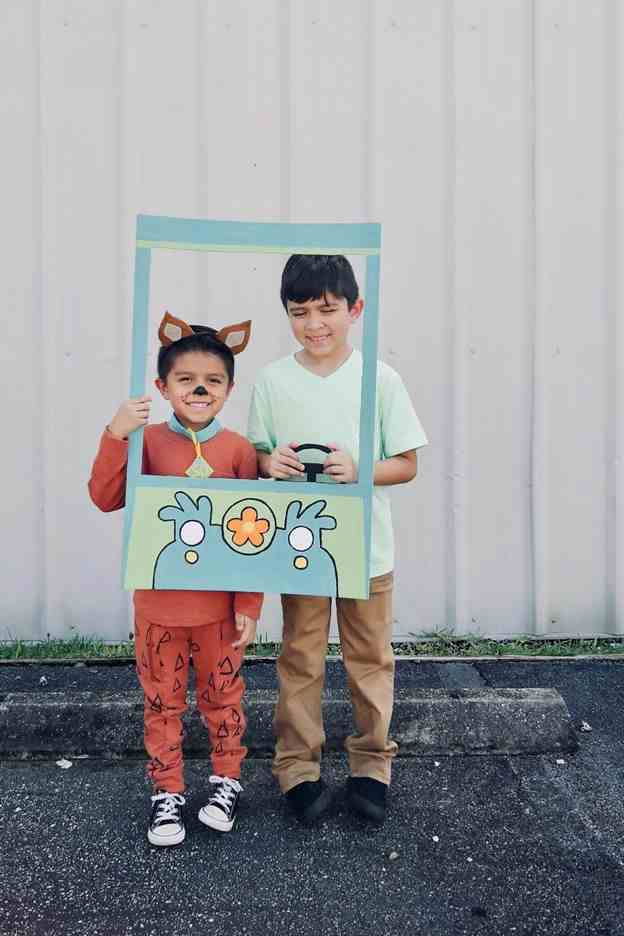 1. DIY Scooby Doo And Shaggy Costume