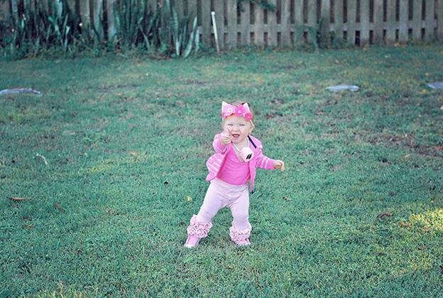 10-DIY-Baby-Piglet-Halloween-Costume