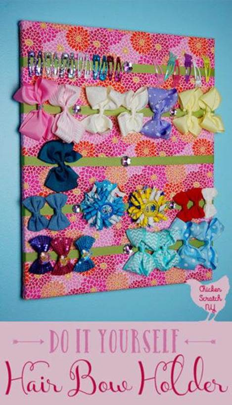 10-DIY-Bow-Holder-From-Art-Canvas
