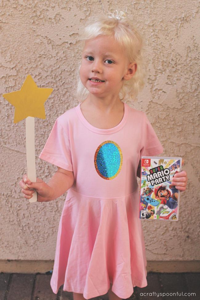 10-Easy-Princess-Peach-Dress-DIY