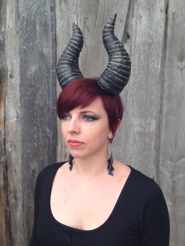 10-Sculpt-Demon-Horns-DIY