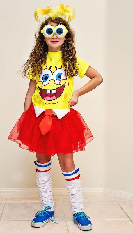 10. DIY Halloween Spongebob Costume