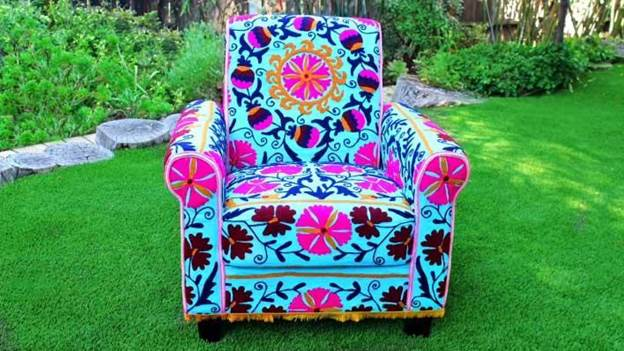 12-How-To-Make-A-Chair-Covers-Without-Sewing