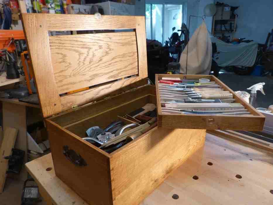 12-Wooden-Tool-Chest-Plan