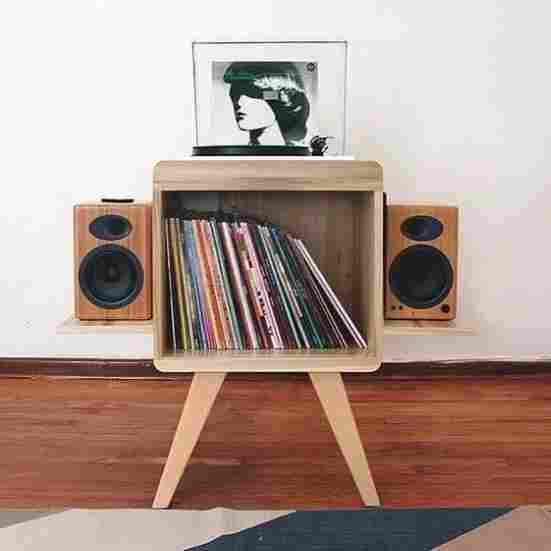 13-Timber-Made-Speaker-Stand