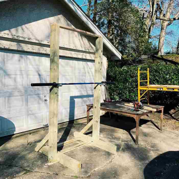 14.DIY Home Squat Rack