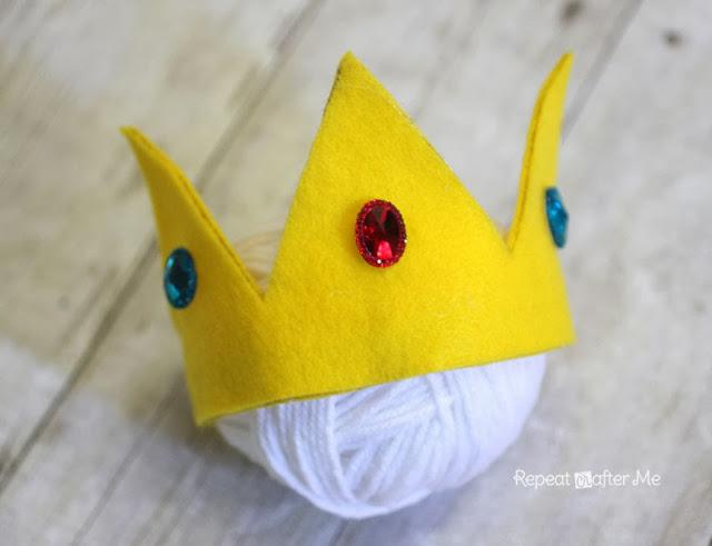 16-No-Sew-Princess-Peach-Felt-Crown