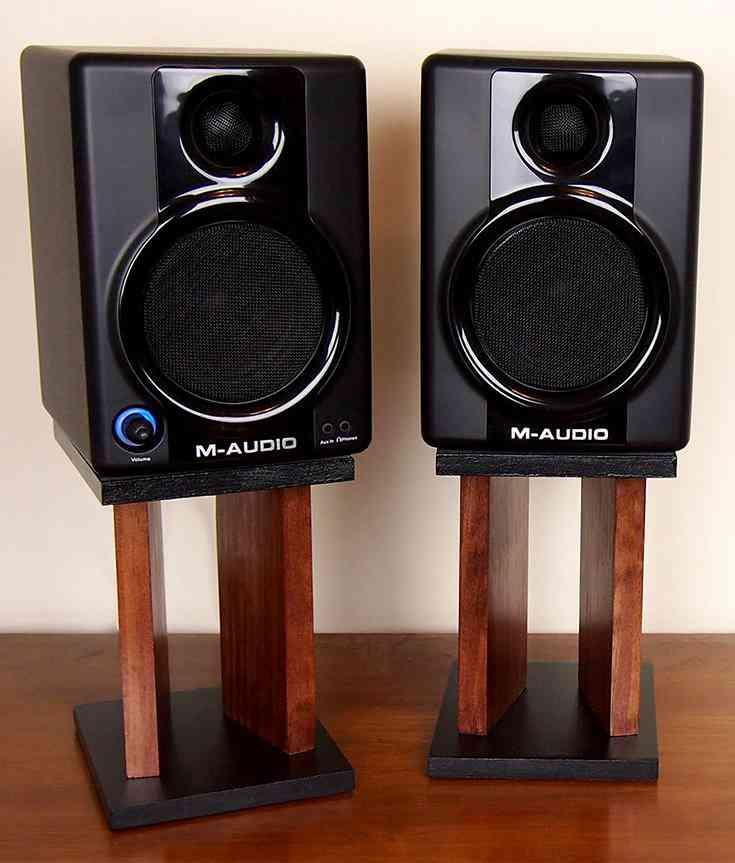 16-Surround-Sound-Speaker-Stand