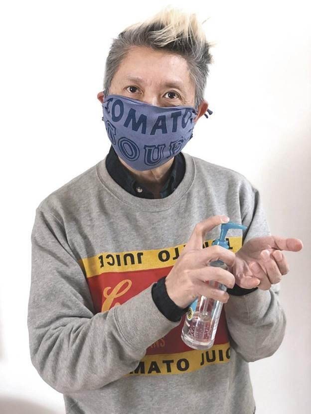 17-DIY-Easy-No-Sew-Face-Mask