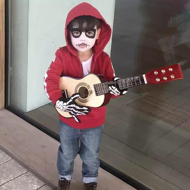 18-DIY-Miguel-From-Coco-Costume