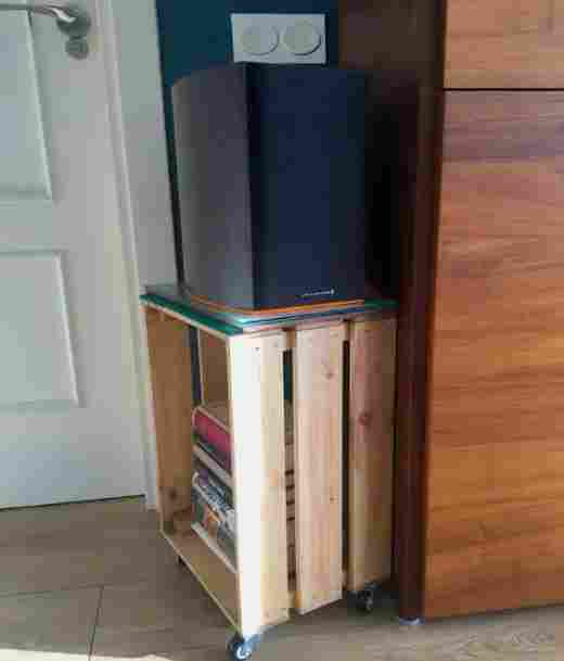 19-DIY-Speaker-Stand-Project