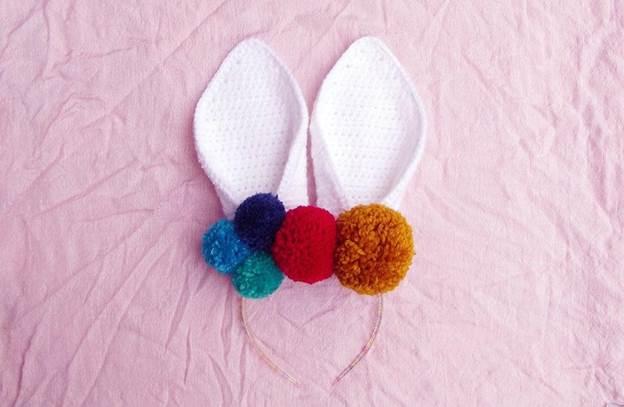 19. DIY Easter Bunny Headband