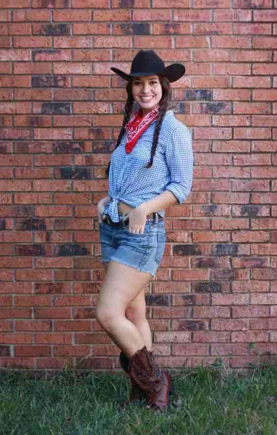 2-Cowgirl-Costume-Idea