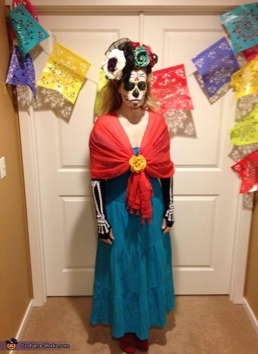 2-DIY-Day-Of-The-Dead-Costume