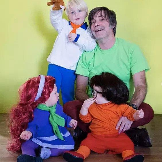 2. No-Sew DIY Scooby Doo Baby Costume