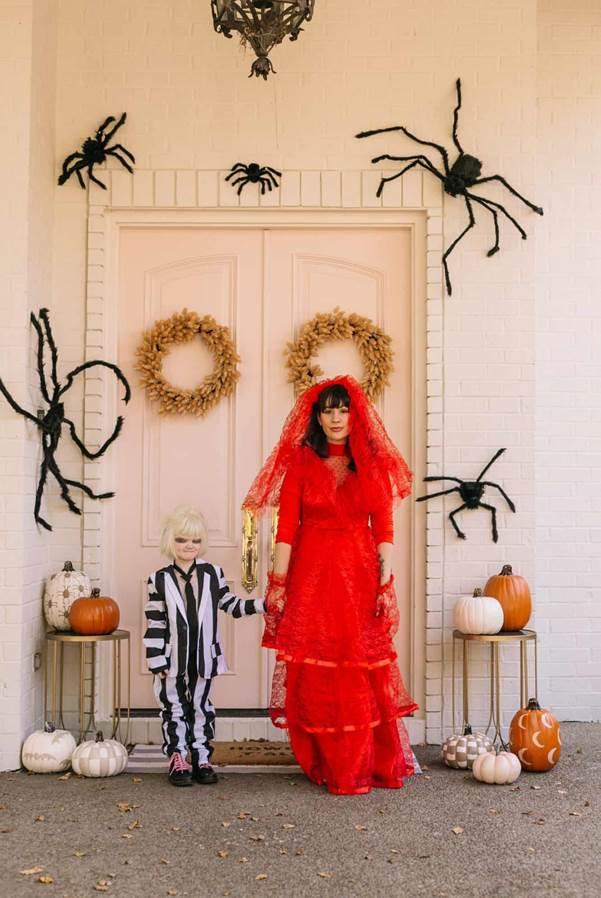 20-DIY-Beetlejuice-Costume