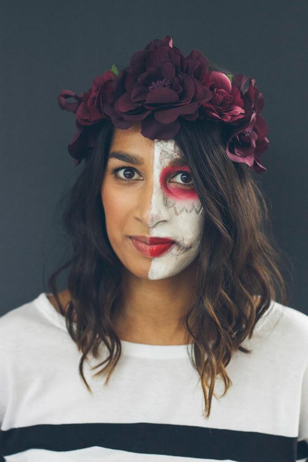 23-Low-Budget-DIY-Dia-de-Los-Muertos-Makeup