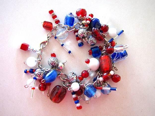 24-4th-Of-July-Bracelet-DIY