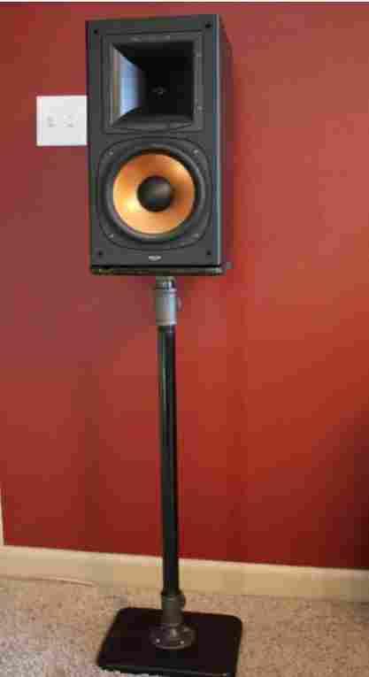 24-Metal-Pipe-Speaker-Stand