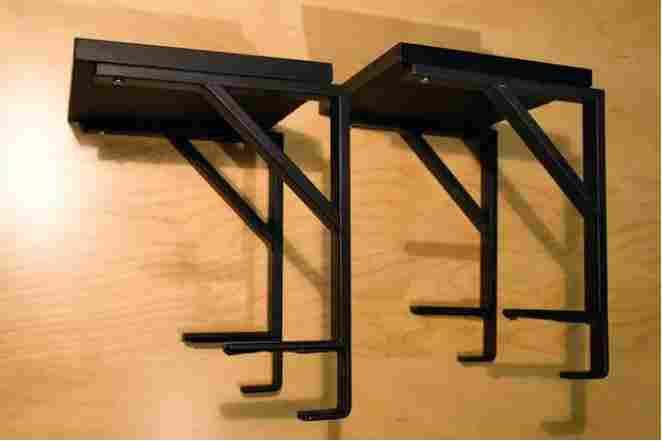 25-Hanging-Speaker-Racks