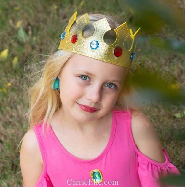 3-DIY-Princess-Peach-Costume-For-Girls