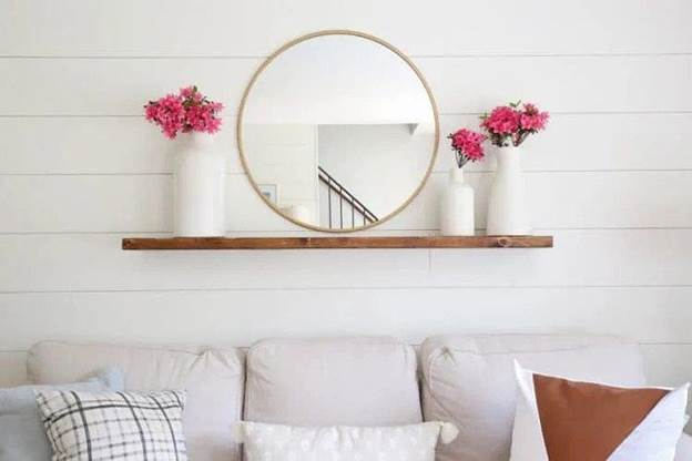 4-DIY-Floating-Shelf-WIth-Invisible-Brackets