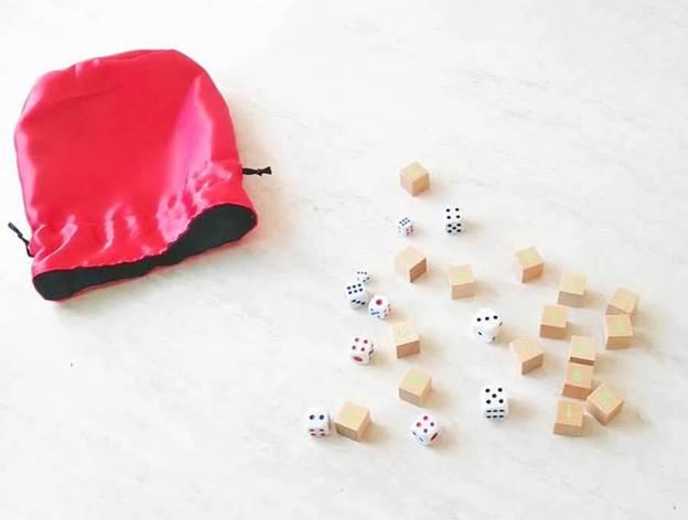 4-DIY-Reversible-Dice-Bag