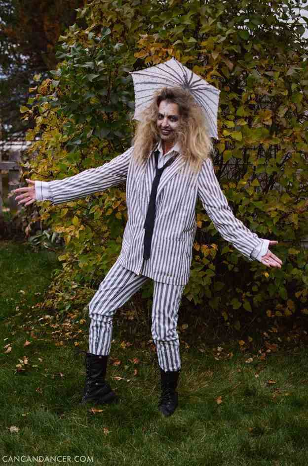 5-DIY-Beetlejuice-Halloween-Costume