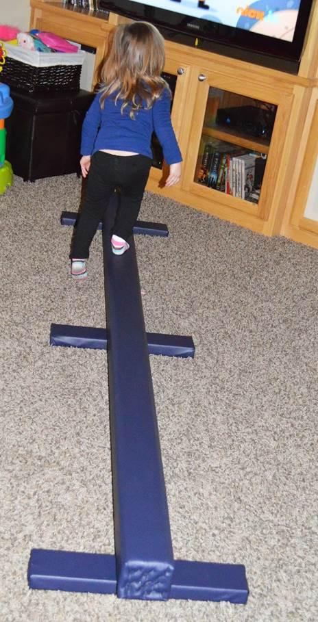 6-DIY-Balance-Beam-For-Kids