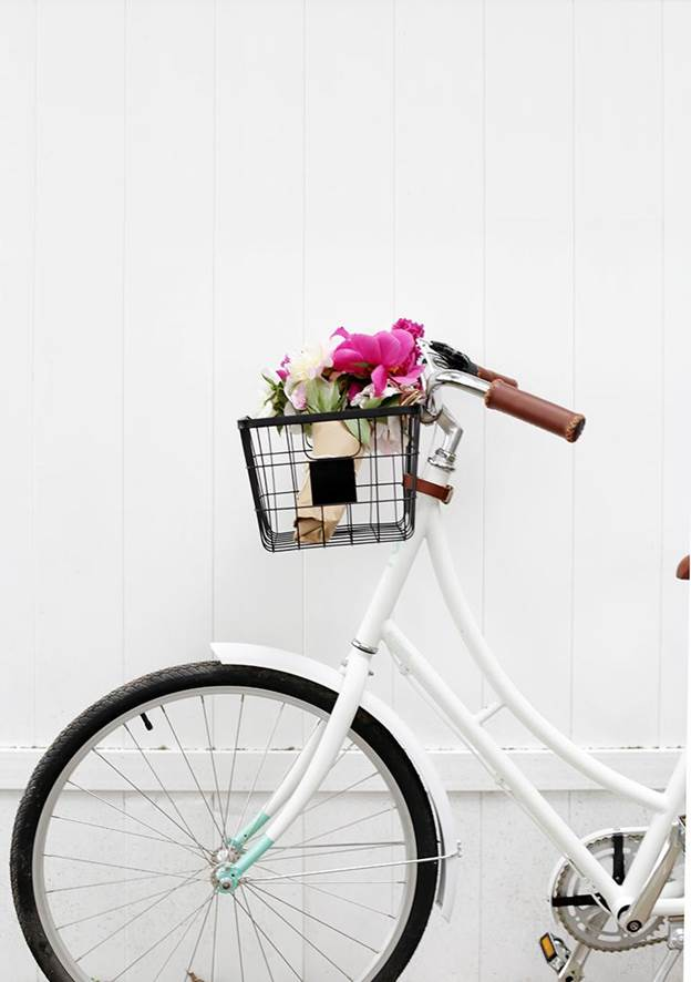 7-DIY-Wire-Bike-Basket
