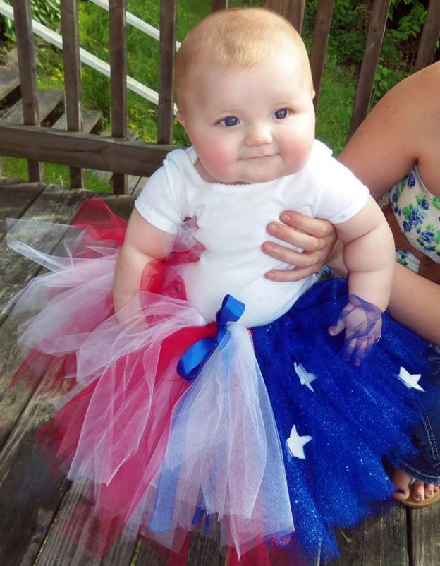 7-How-To-Make-A-Fourth-Of-July-Tutu