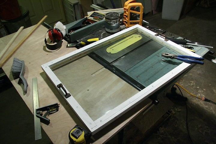 8-Maintainable-Double-Glazed-Frame